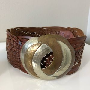 Chico's 100% Brown Leather Bronze buckle belt M/L